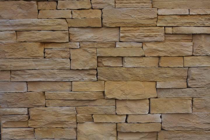 kámen umělý dekorační Lámaná skála, imitace kamene do interiéru, obkladový kámen